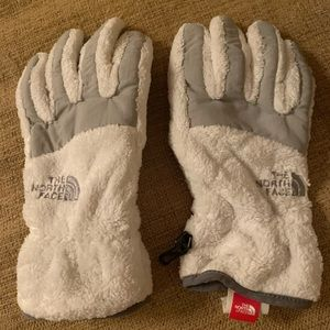 North face fuzzy gloves